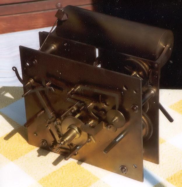 Standuhrwerk Kaufzustand Vorgerichtet für Glockenspielwerk